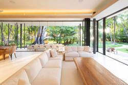 Tropical-Beach-House-11