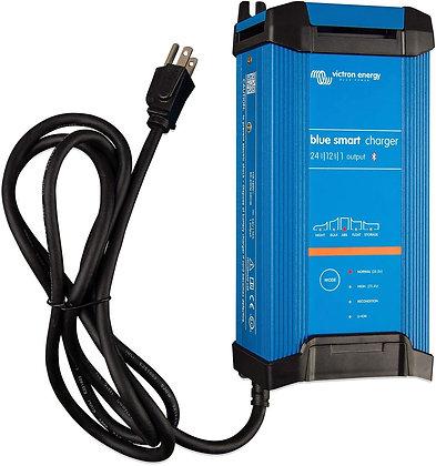 Victron Blue Smart IP22 12-Volt 30 amp 120V, 3 Output Battery Charger