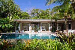 Tropical-Beach-House-