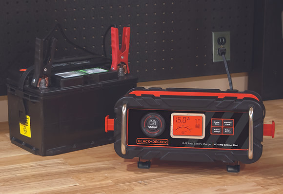 BLACK+DECKER 15 Amp Bench Battery Charger with 40 Amp Engine Start