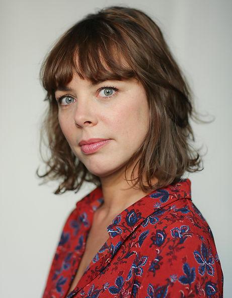 Adeline Messiaen Comédienne Actrice Française Théâtre Cinéma Auteur Metteur en scène