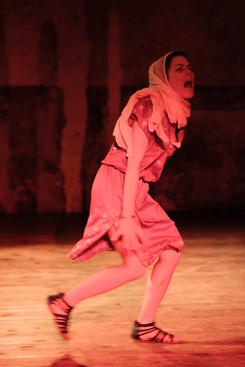 """Adeline Messiaen Comédienne """"Incendies"""" Lavoir Moderne Parisien 2019"""