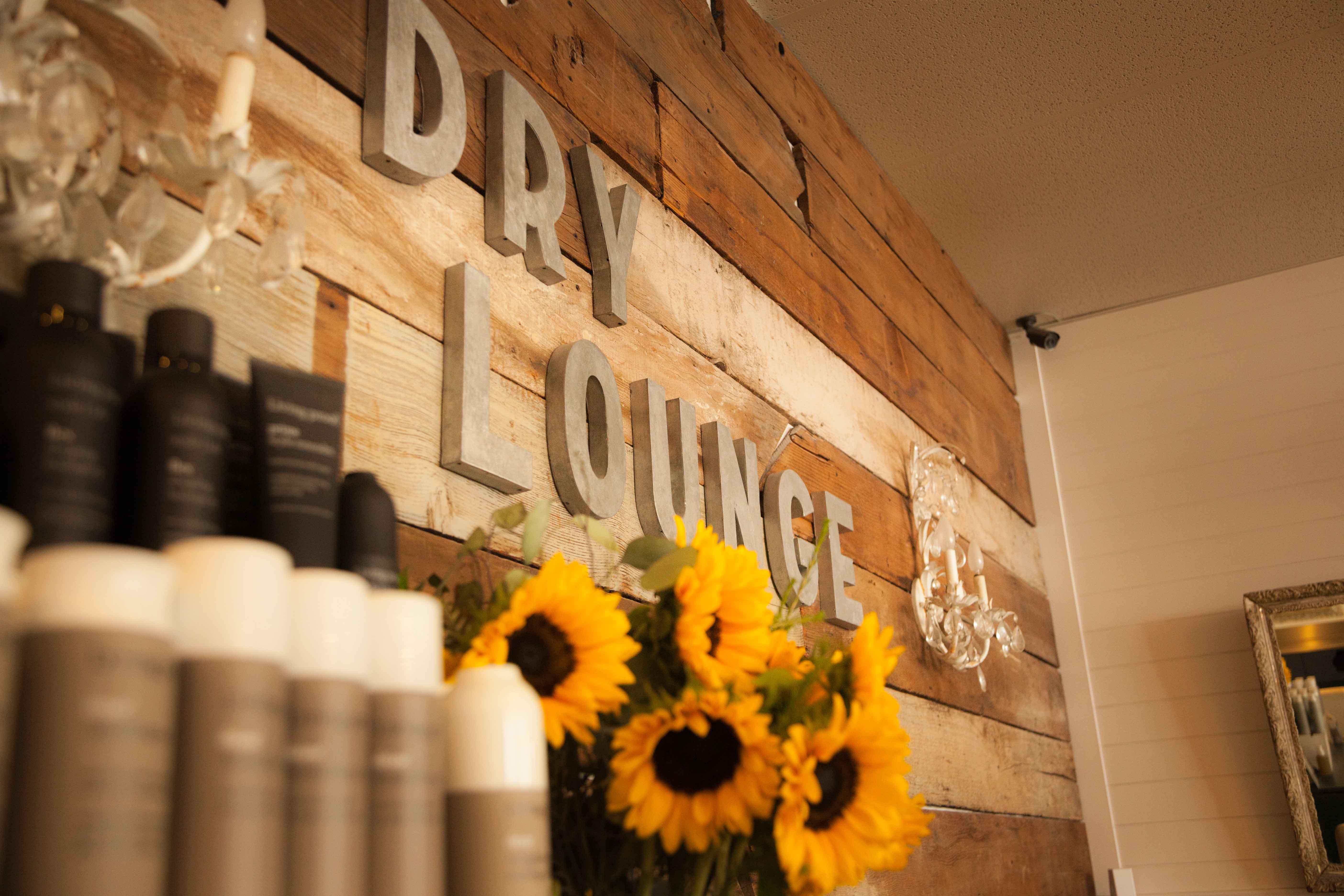 Dry Lounge