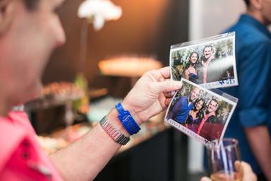 Fotos e pulseiras personalizadas.jpg