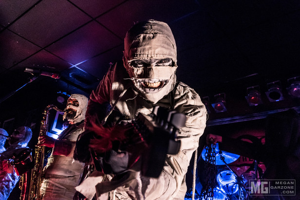 Review: Here Come The Mummies at The Funky Biscuit 12/8/16