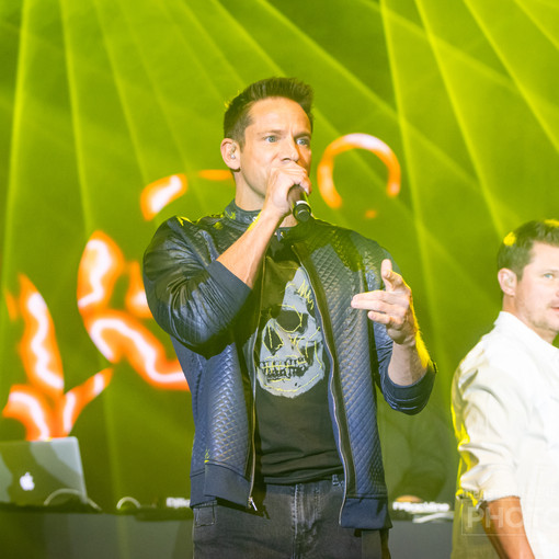 98 Degrees (11 of 55)