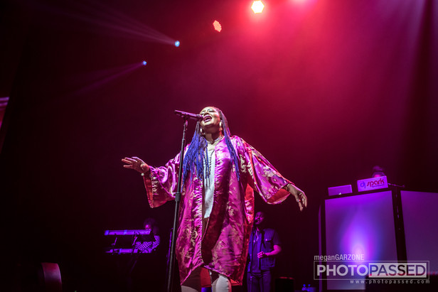 Gallery: Lalah Hathaway at The Fillmore Miami Beach 8-22-17