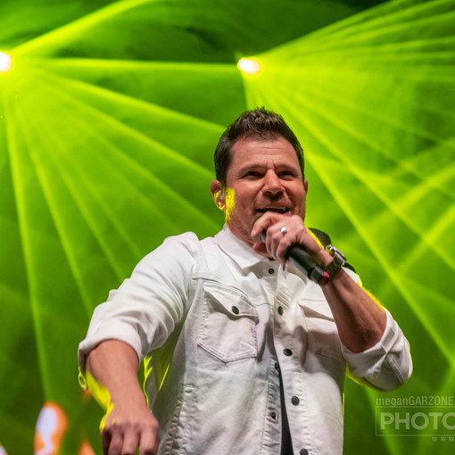 98 Degrees (2 of 55)