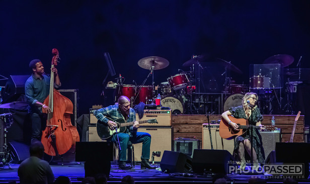 Tedeschi Trucks Band | The Chicago Theatre in Chicago