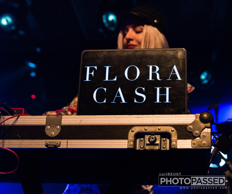 Flora Cash 10