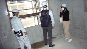 ☆☆現場便り☆☆東淀川作業所は7月15日に定例打合せが行われました。19日に4階のコンクリート打設、8月11日にR階の打設予定です。雨にたたられ、1週間程度遅れの打上げとなりそうです。