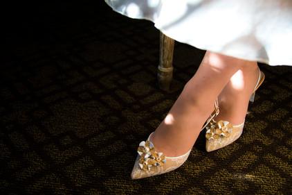 Contrast_Shoes.jpg