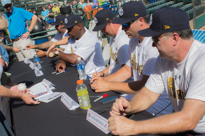 Authograph_Signing.jpg