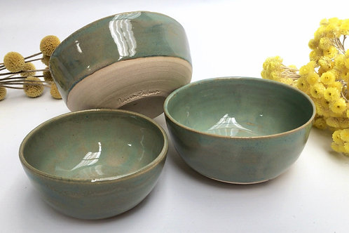 3 Nesting Bowls in Sea Green