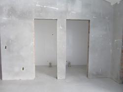 2 banheiros para cadeirantes