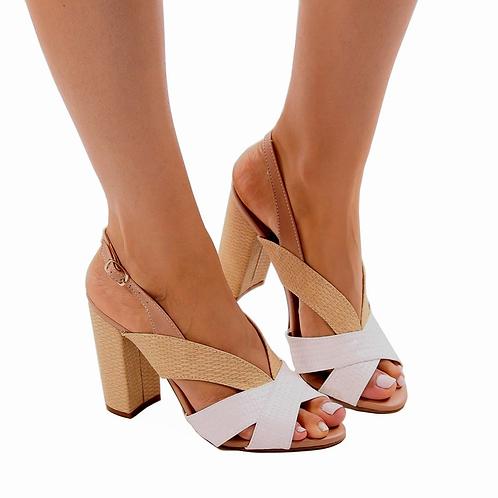Sandália Nude com tiras Brancas