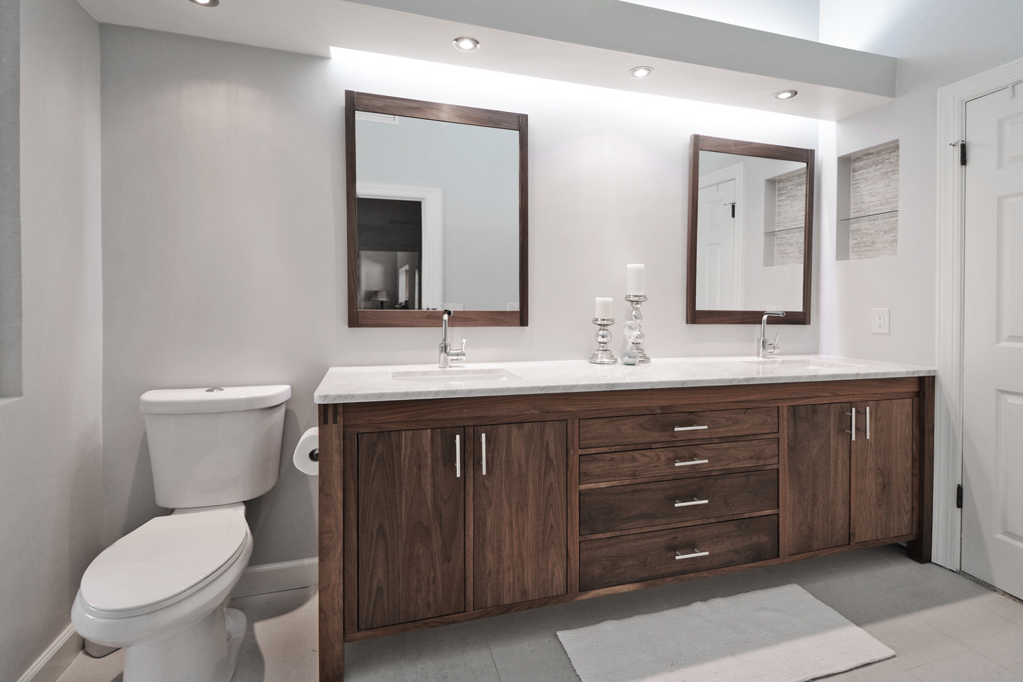 Master Bathroom Vanity 03