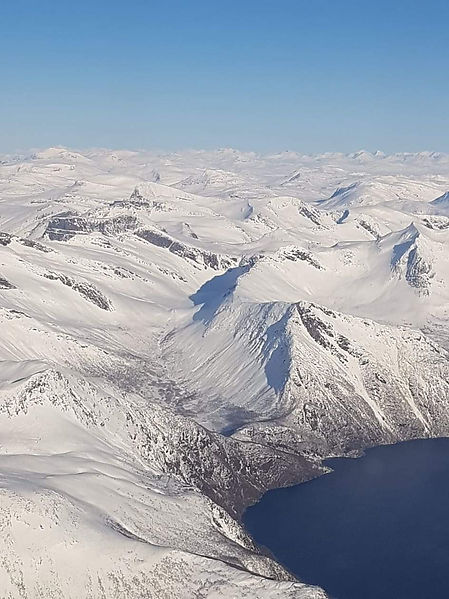 Amazng view of Bjørnfjell plataeu visitwolfden.com
