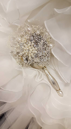 Small Brooch Bouquet