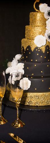 5 Tier Black & Gold Wedding Cake