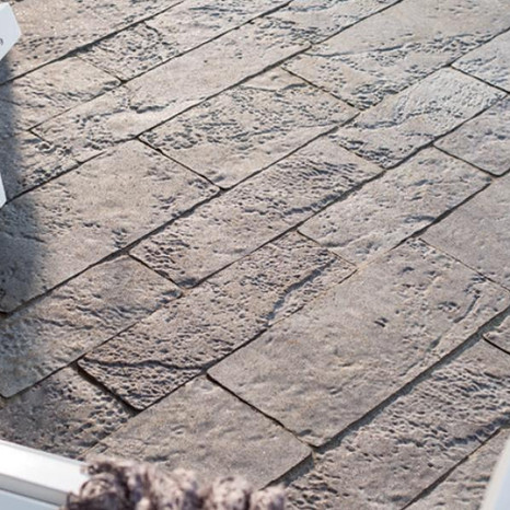 YES! WE DO PAVER DRIVEWAYS
