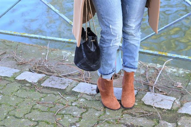 boots camel