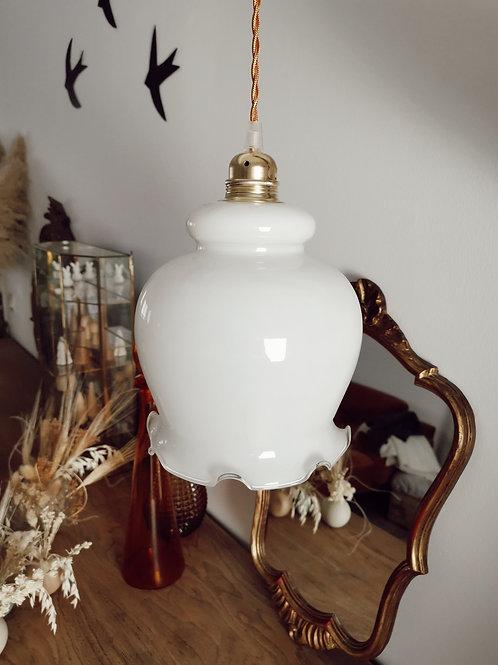 Lampe opaline blanche