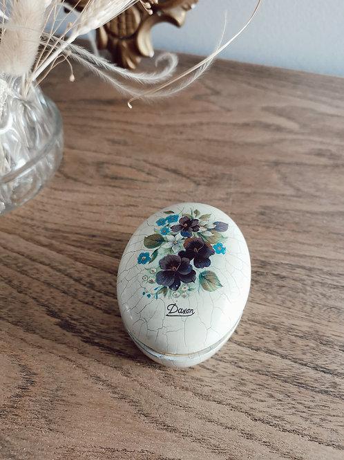 Petite boîte à fleurs vintage