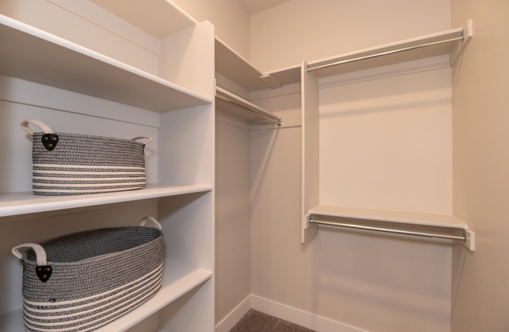 Uintah Master Closet