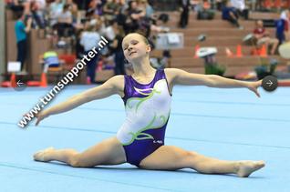 Carlyn Zweekhorst zevende op NK turnen