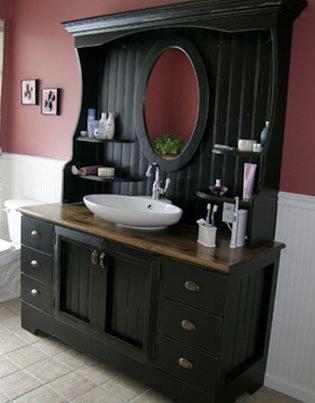 Vanity & Hutch