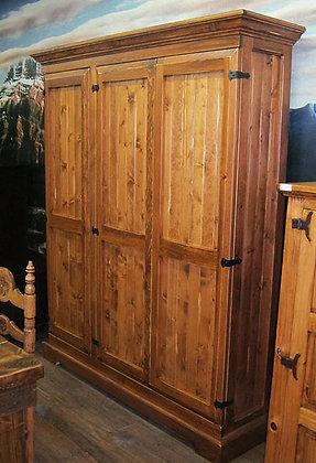 3 doors armoire