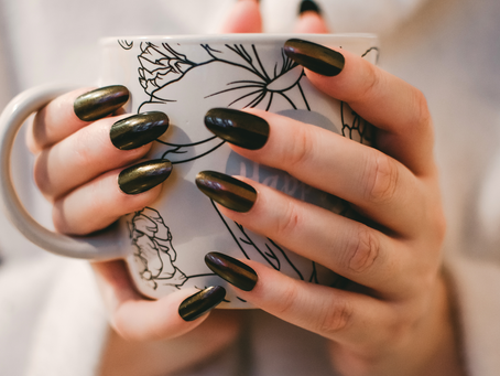 How to Remove Dip Nails, According to your Nail Technician