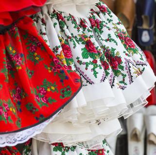 Dançarinos Folk Dresses