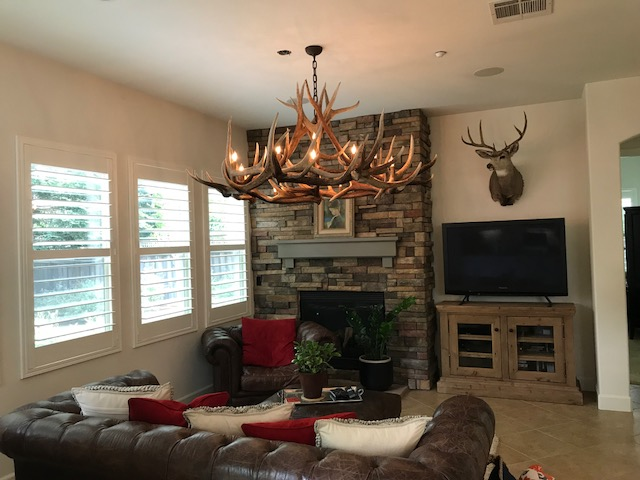 Yellowstone Elk Chandelier