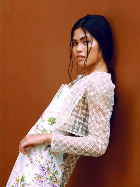 Designer | Yoko Model | Josie Escabarte HMUA | Arvin John Bandija Gotas Photo | Juliana Hellmuth
