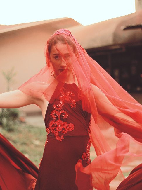 Dress | John Rey Bagsac  Model | Yin Mei Cano   Photo | Juliana Hellmuth