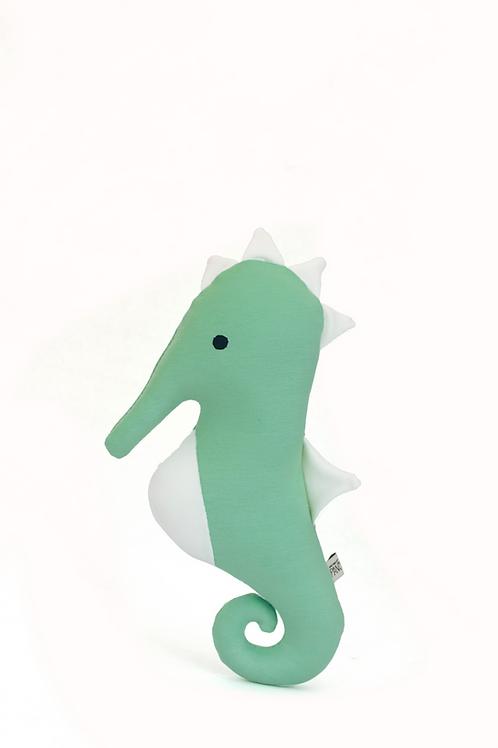 Akin, cavalo-marinho filho