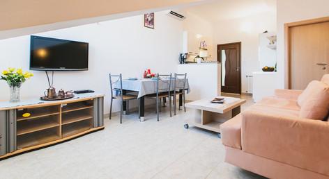 WakeUp Real Estate Amela-23.jpg