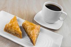 Baklava con cafe griego