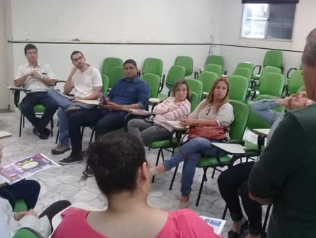 Reunião na Veterinária sobre ponto eletrônico