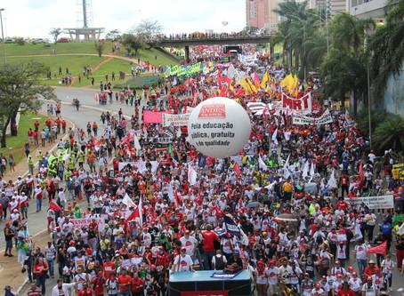Central sindical   debate sobre organização sindical