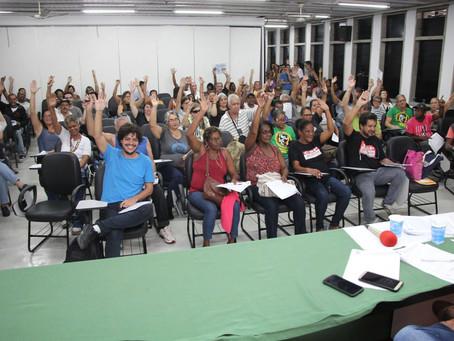 Assembleia aprova paralisação dia 15 e marca data das eleições do SINTUFF