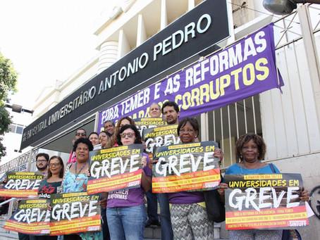 Atividade no HUAP dá início ao movimento de greve na UFF