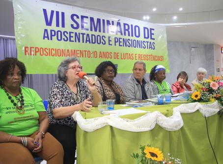 VII Seminário dos/as Aposentados/as do SINTUFF. Qualificados debates sobre Reposicionamento e dispos