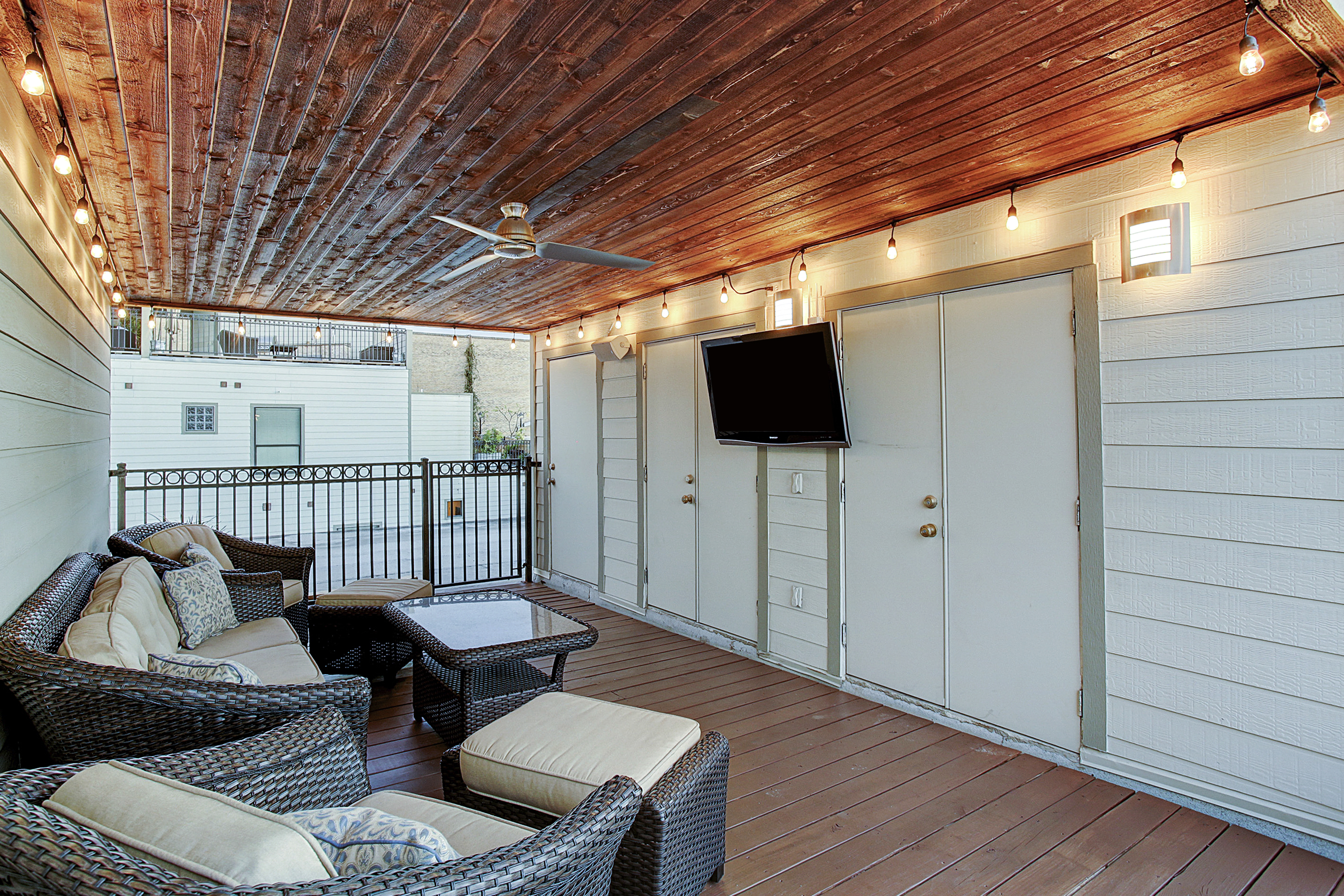 2504 Rusk - Rooftop Patio