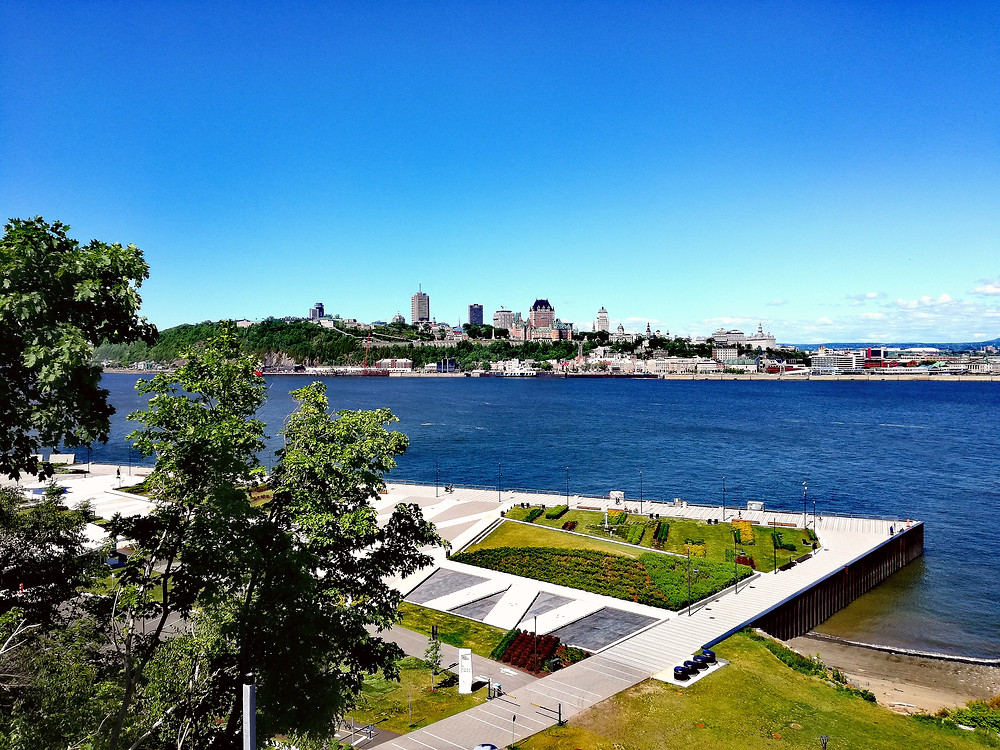Splendide vue sur Québec et le Chateau Frontenac