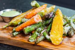 Asparagus and fresh veggies platter