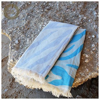 מגבת חוף דגם גלים