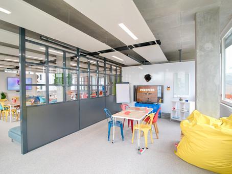 Let's be creative dans la salle de réunion créative à Lyon Rokoriko Basic 👾